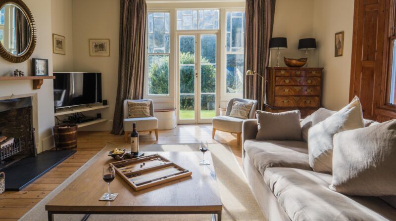Drawing room wide to french doors copy